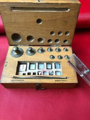 Vintage apothecary Weights Beckers & Sons Excellent Condition