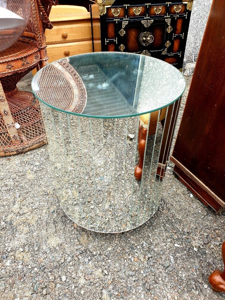 Vintage Drinks Table - add a bit of Glam !!
