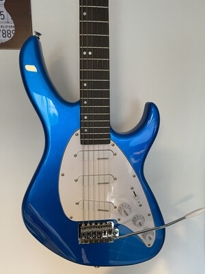 Tanglewood Baretta Strat Guitar - as New