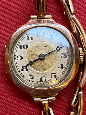 Very Rare 9ct Gold The Angus Ladies Wrist Watch - Circa 1930
