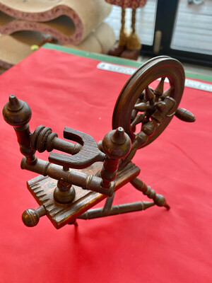 Miniature Wooden Spinning Wheel Apprentice Or Sample Piece - Slight Damage