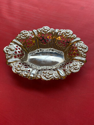 Small Silver Plated Dish With Fretwork - White Metal