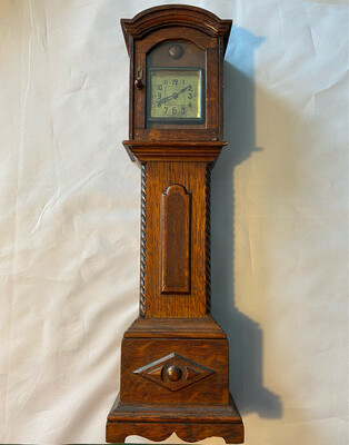 Mantle clock in Grandfather style - late Victorian