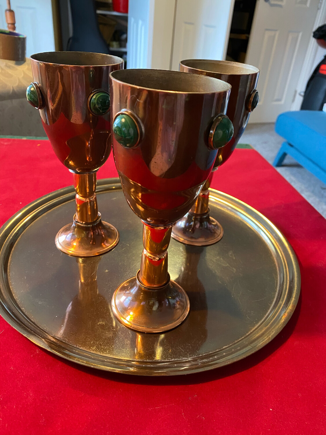 Set of three copper goblets with Malachite decoration - plus tray