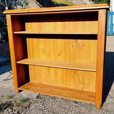 Large Solid Pine Bookcase/shelves