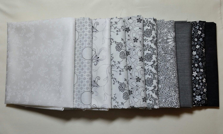 50 cm Sort/Hvit 10 stk forskjellige stoffer