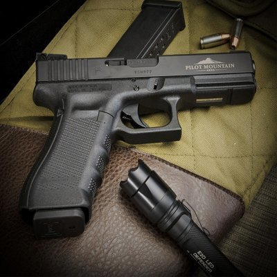 Pilot Mountain Arms Enhanced Model, GLOCK® 17/22 Pistol