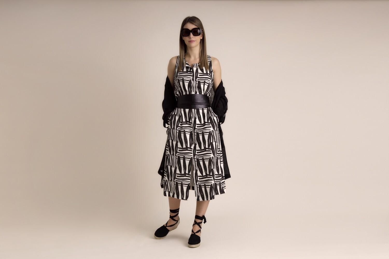 vestido de linho estampado preço inicial 147€