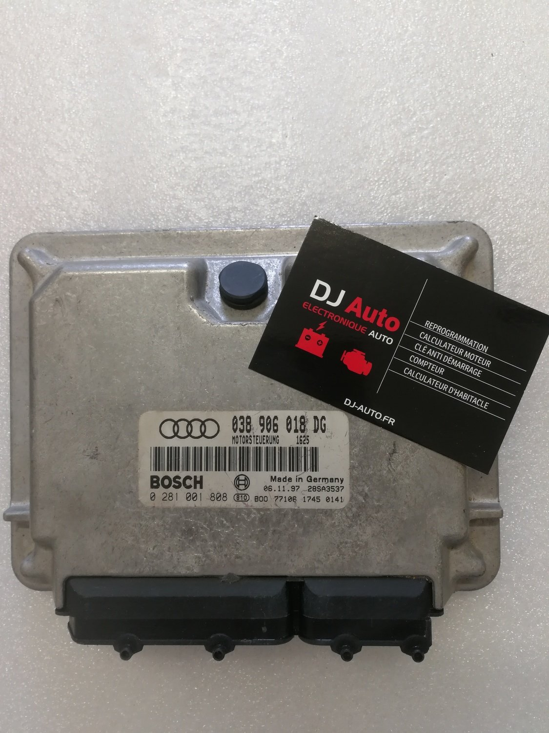 Audi Calculateur moteur A6 1.9 TDI Bosch 038 906 018 DG - 0 281 001 808