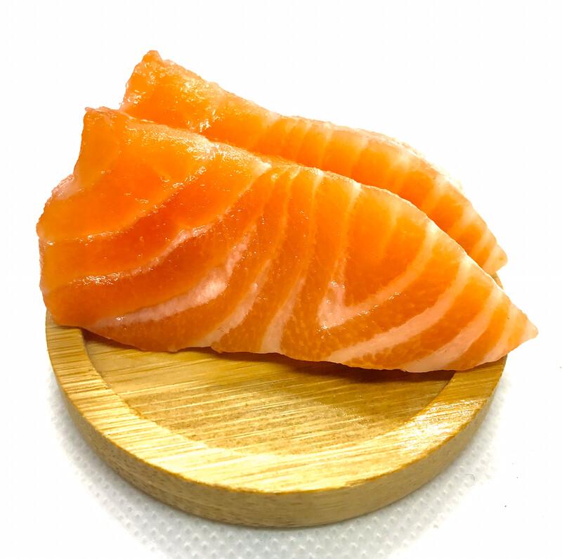 Salmon sashimi (6 Pieces)
