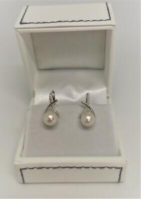 Alice - fehérarany gyémánt-gyöngy fülbevaló