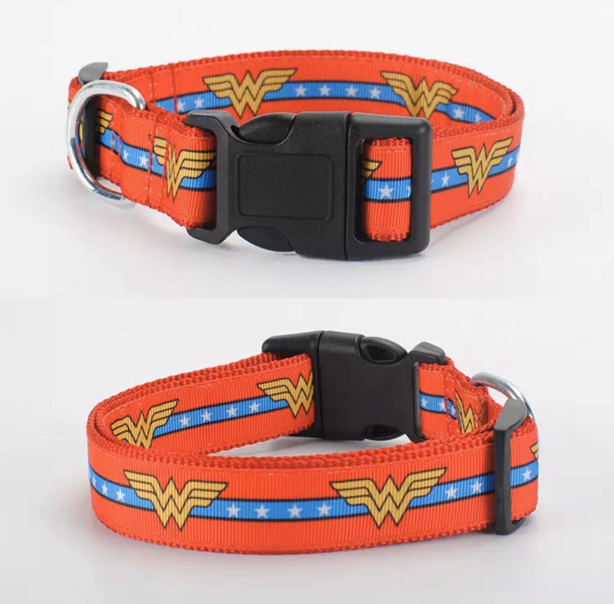 Wonder Woman Leash And Collar Set