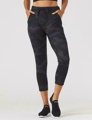 Glyder Women's Jet Set Cropped Pants