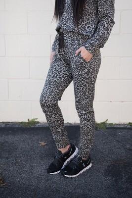 Women's Cheetah Jogger