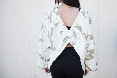 Women's Crosshair Pullover