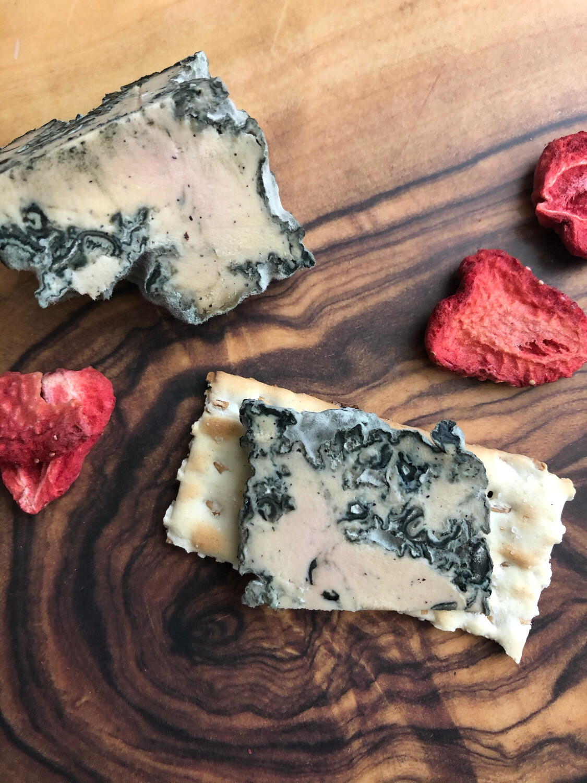Blue Dragon Artisan Mold-Ripened Vegan Dragonfruit Blue Cheese