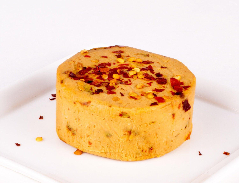 Artisan Chipotle Cheddar Vegan Tree Nut Round