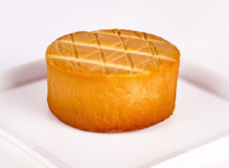 Artisan Smoked Gouda Vegan Cheese