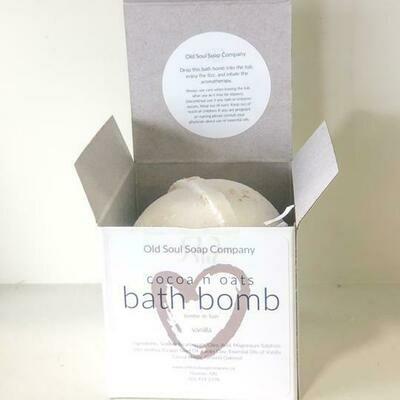 Cocoa n Oats Bath Bomb