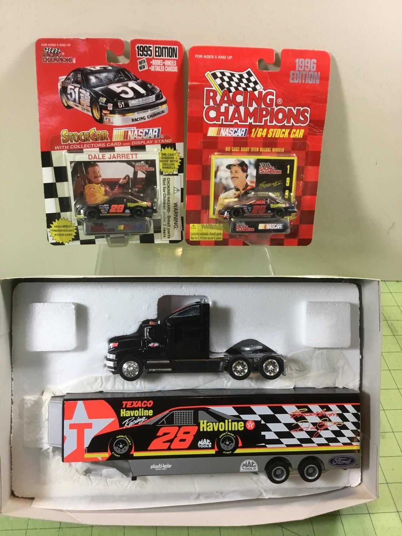 NDC118 #28 Texaco Hauler w/ 2 Cars