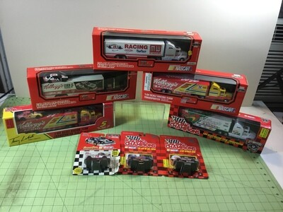 NDC162 Terry Labonte Group. 5 Haulers and cars