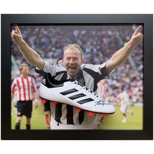 Newcastle United FC Shearer Signed Boot (Framed)