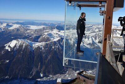 Bern, Interlaken, Lauterbrunnen, Grindelwald, Mont Blanc & Geneva
