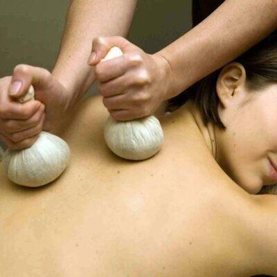 Herbal Bolus Massage- Pinda Sweda *on SALE!