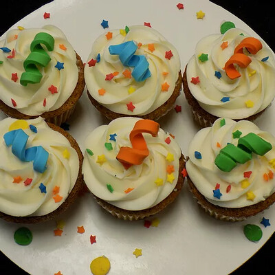 12 Cupcakes- Boys