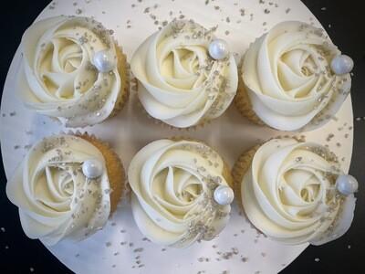 12 Cupcakes- Ladies/Anniversary/Bridal