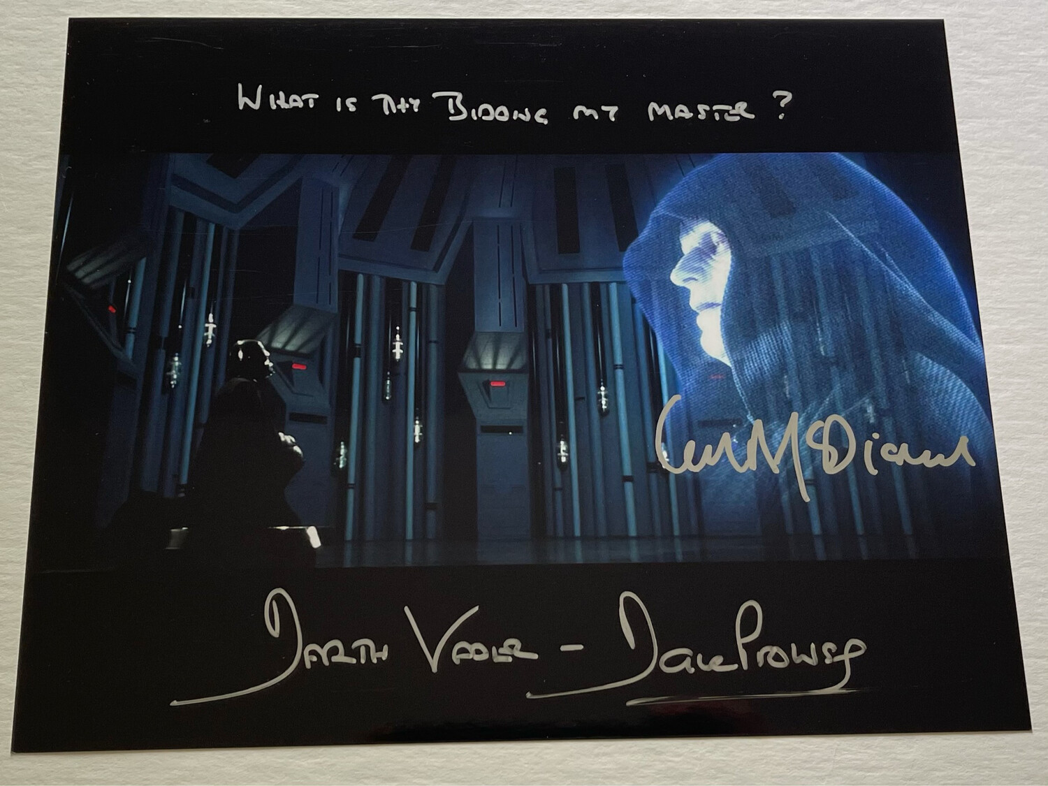 8X10 DARTH VADER PHOTO SIGNED BY DAVE PROWSE AND IAN MCDIARMID