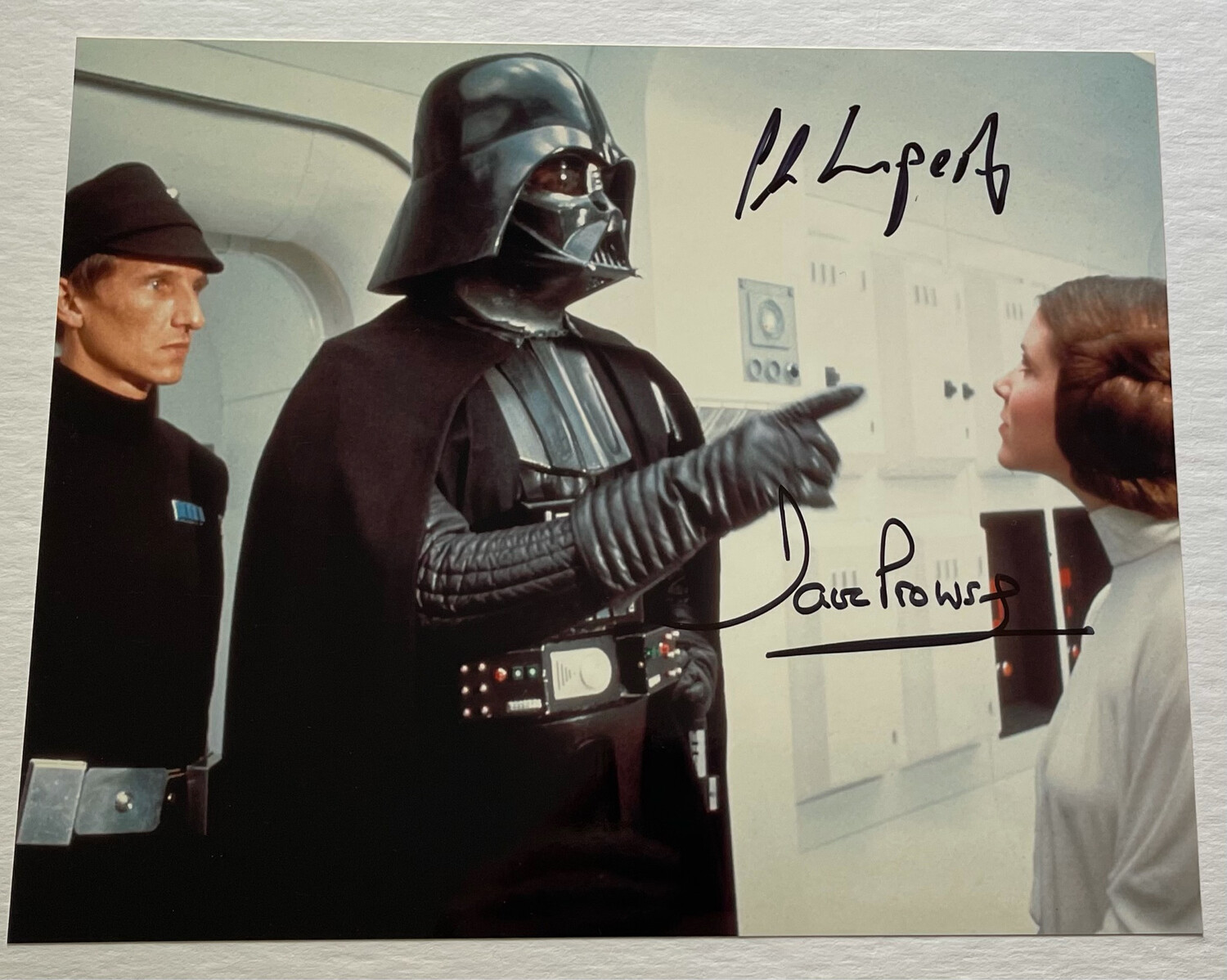 8X10 DARTH VADER PHOTO SIGNED BY DAVE PROWSE AND AL LAMPERT