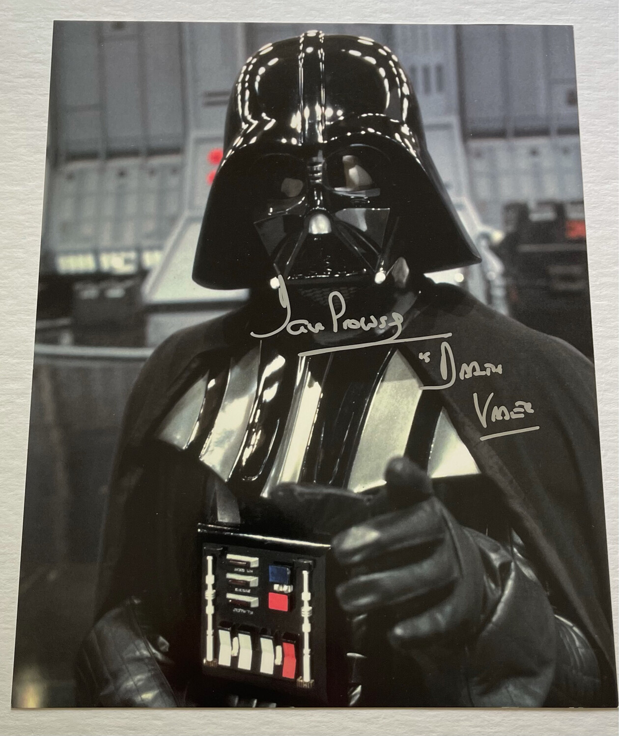 8X10 DARTH VADER SIGNED BY DAVE PROWSE