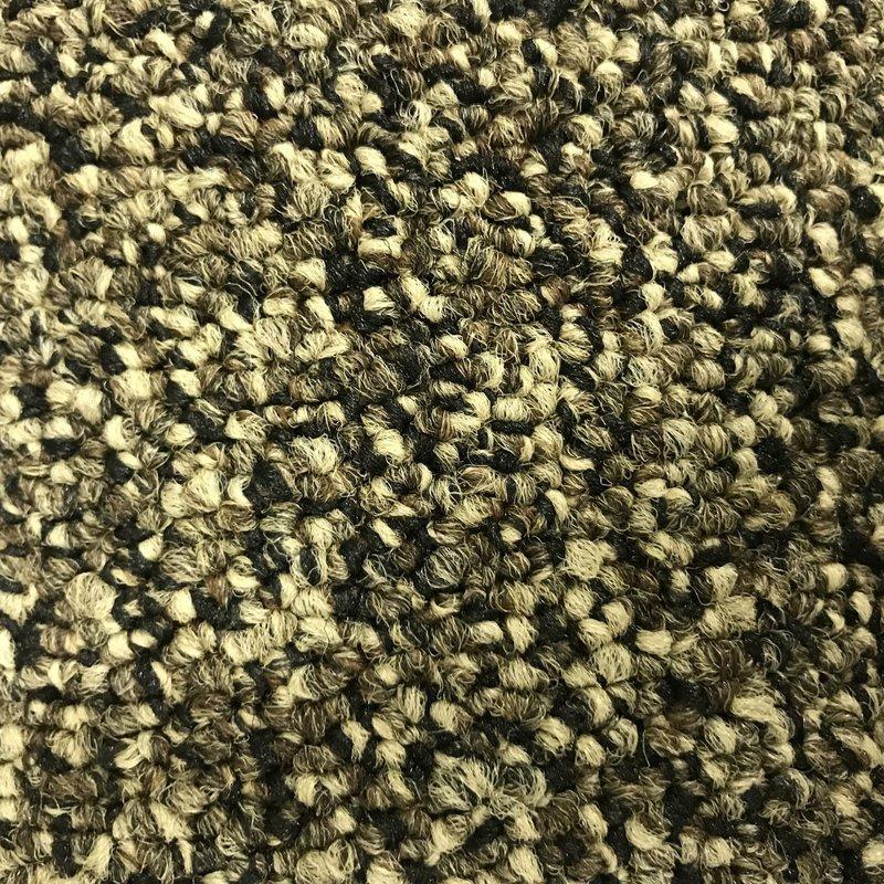 Carpet *Short Roll Discount* - Style: Scoreboard - Color: Grand Slam - Size 12' x 31'