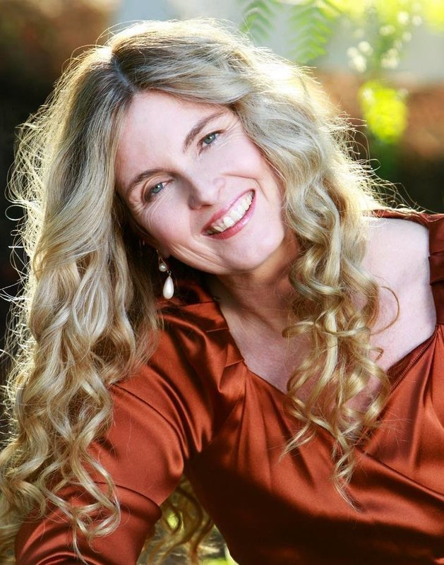 Legends of the Grail: Stories of Celtic Goddesses by Ayn Cates Sullivan