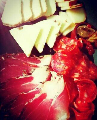 Plateau mixte : fromages & charcuteries de Calabre