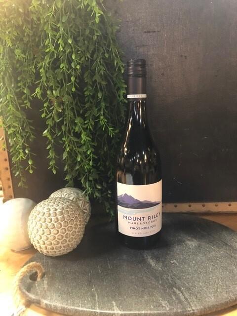 Mt Riley Pinot Noir (750ml) New Zealand