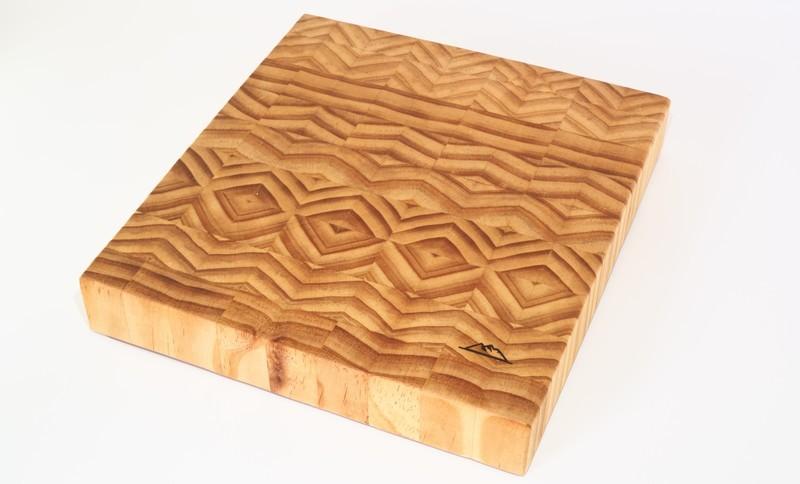 Tabla de corte de Pino Radiata - End Grain Cutting Board