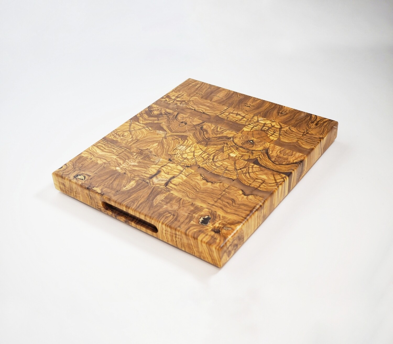 ​Tabla de corte de Olivo Centenario – Olive Wood End Grain Cutting Board