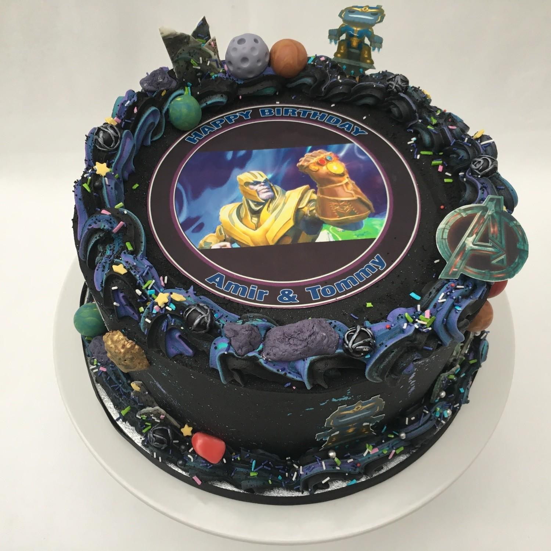 Captain Marvel, Avengers, Thanos Cake