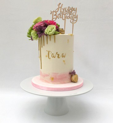 White Butter Cream - With Gold Chocolate Drip & Fresh Pink Flowers (Excluding Cake Topper)