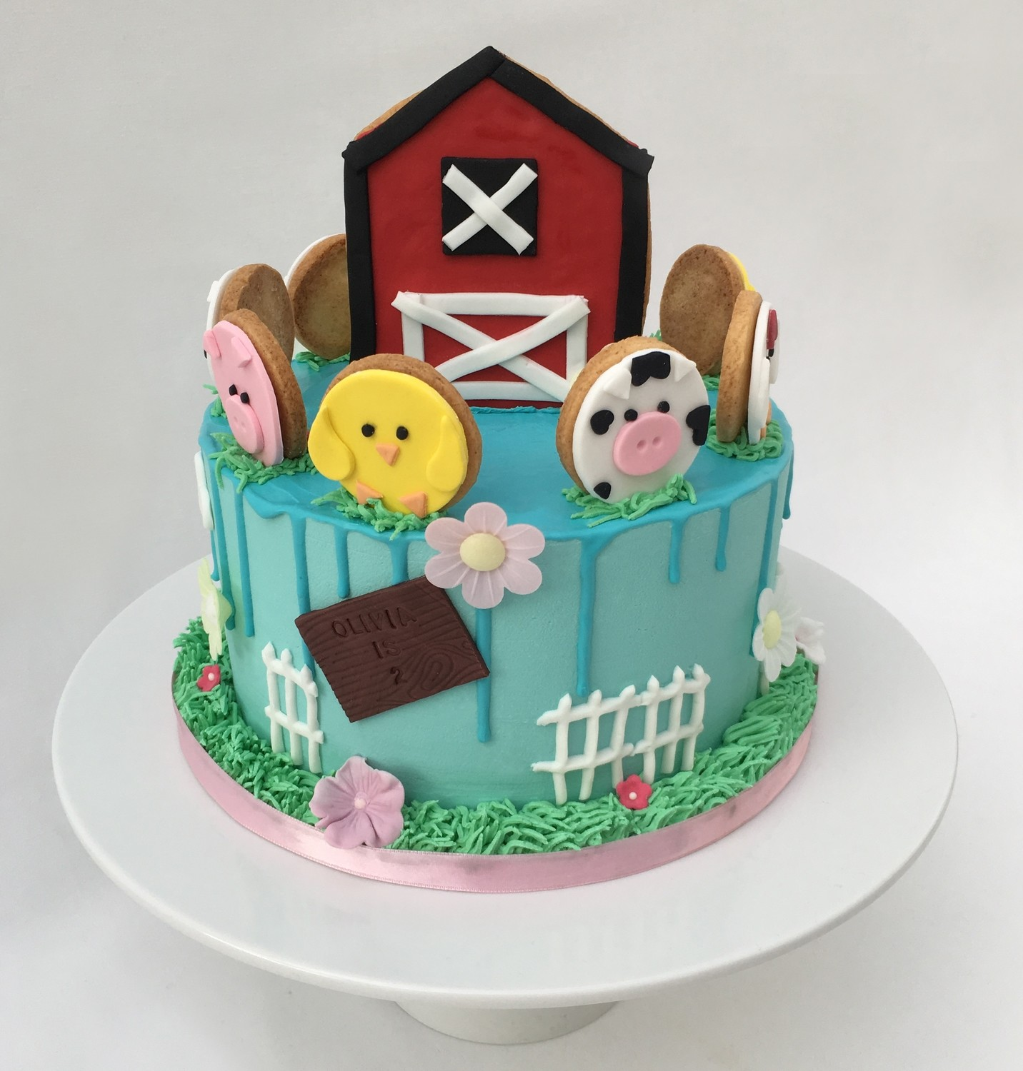 Farm Cake - With Biscuit Farm Animals
