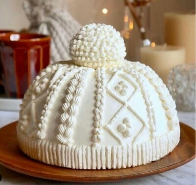 White Woolly Hat Chocolate Biscuit Christmas Cake