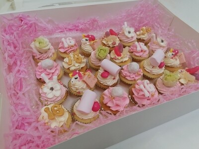 24 Mini Cupcakes