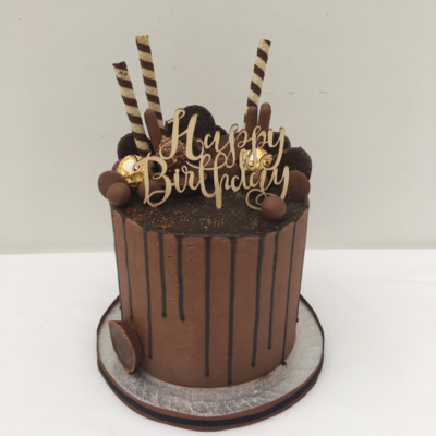 Chocolate Butter Cream With Chocolate Drip (Excluding Topper)