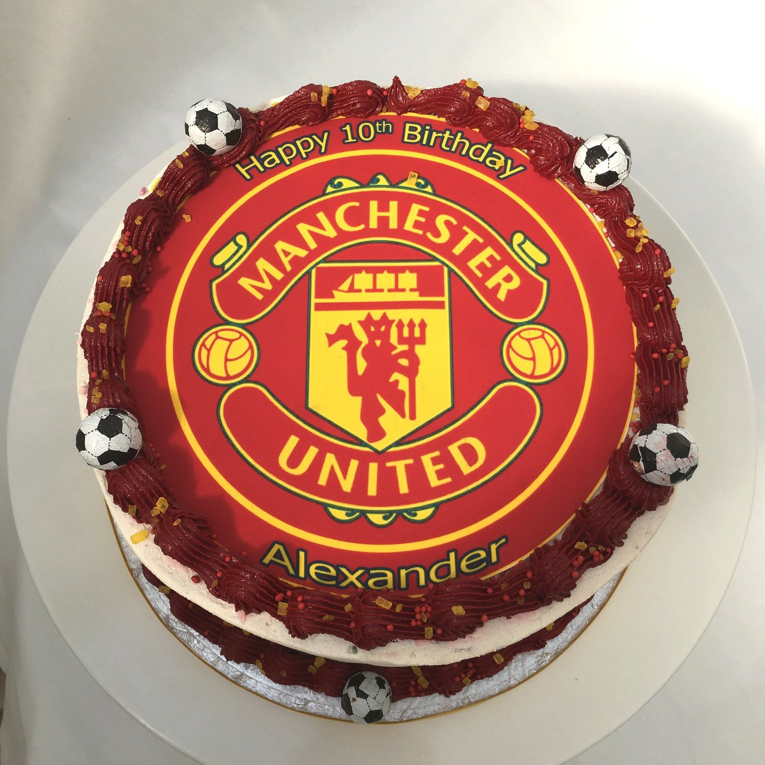 boy s girl s disney sports birthday cakes dublin manchester united football club edible image cake