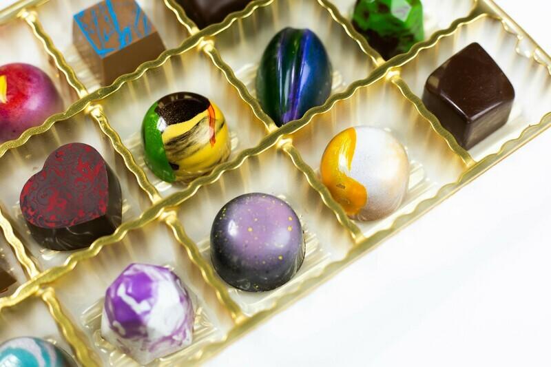 15 Piece Chocolates with alcohol
