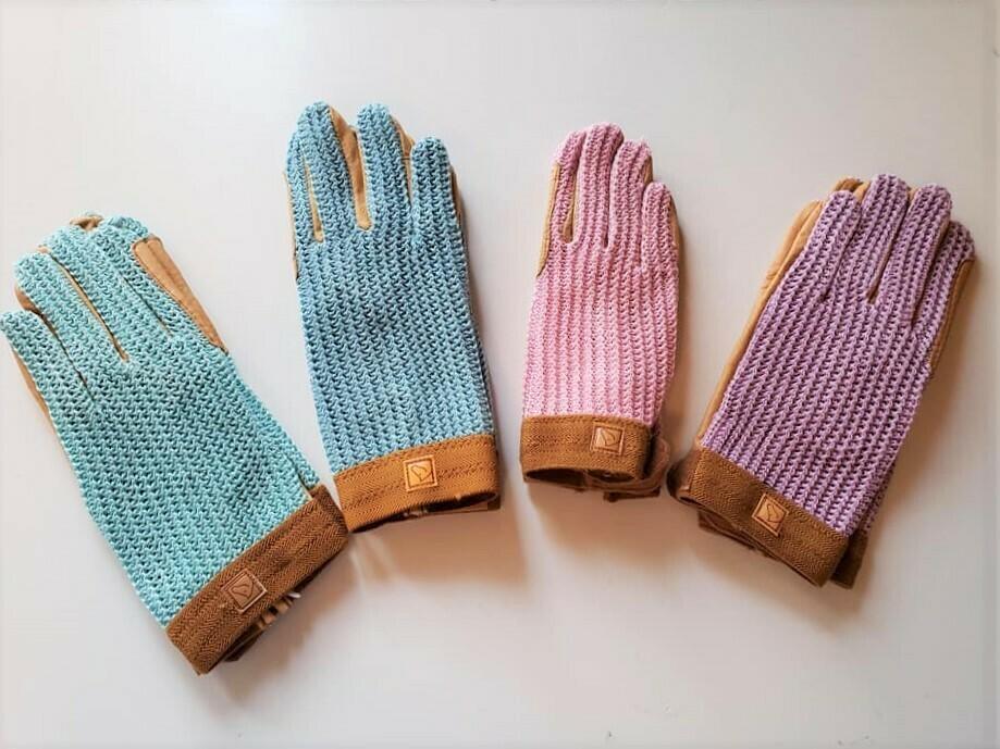 Crochet Back Gloves