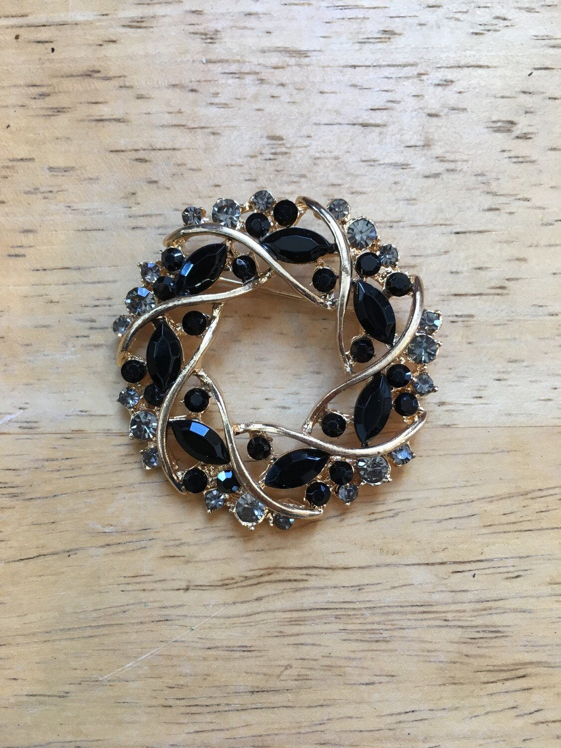 Turnout Brooch Pin