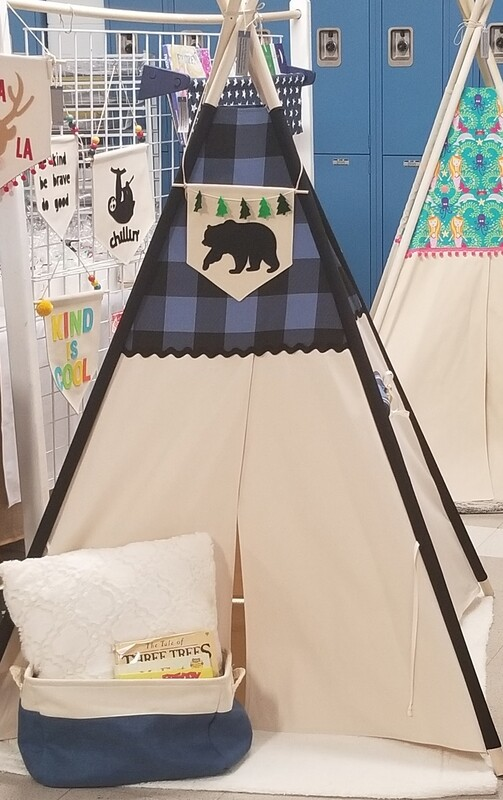 Buffalo Check it Out Teepee, Play Tent, Kids' Room Decor, Tipi, Handmade Teepee, Woodland Bear Theme, Cotton Canvas Kids Play Tent